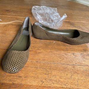 New without box green cut out Dolce Vita flats